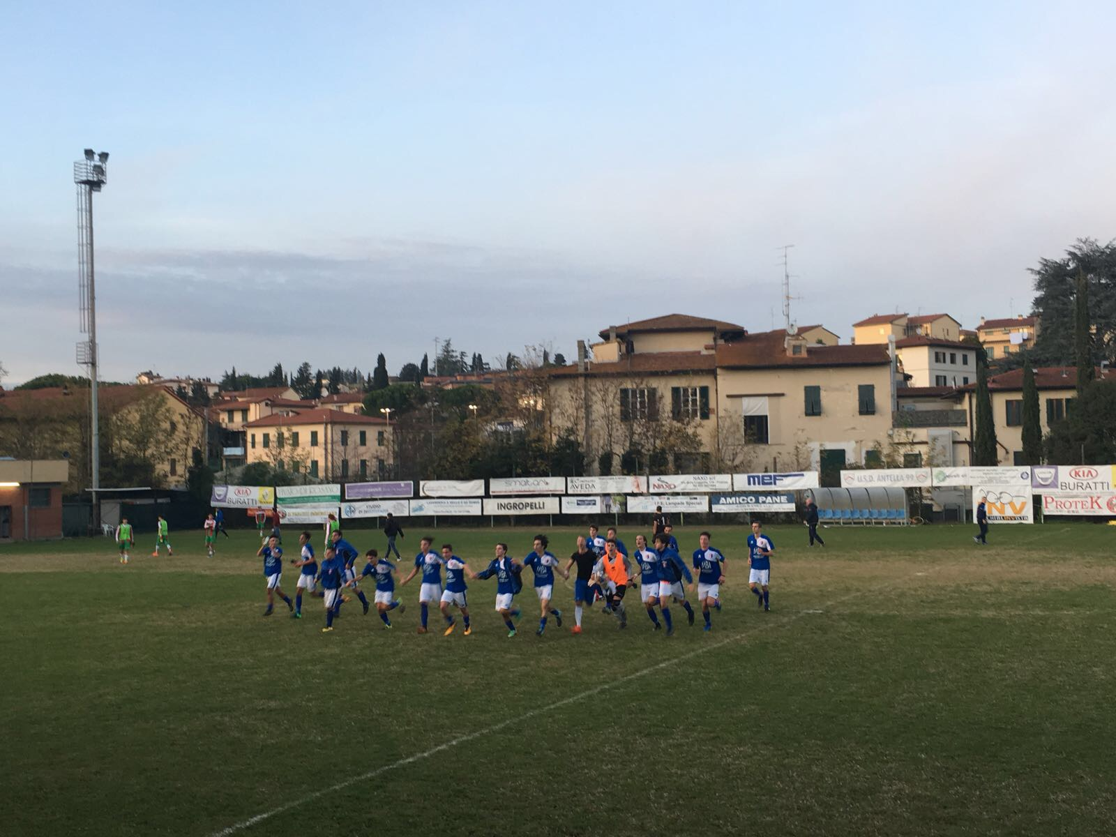 Juniores regionali lite l 39 antella vince 1 0 il for Bagno a ripoli calcio