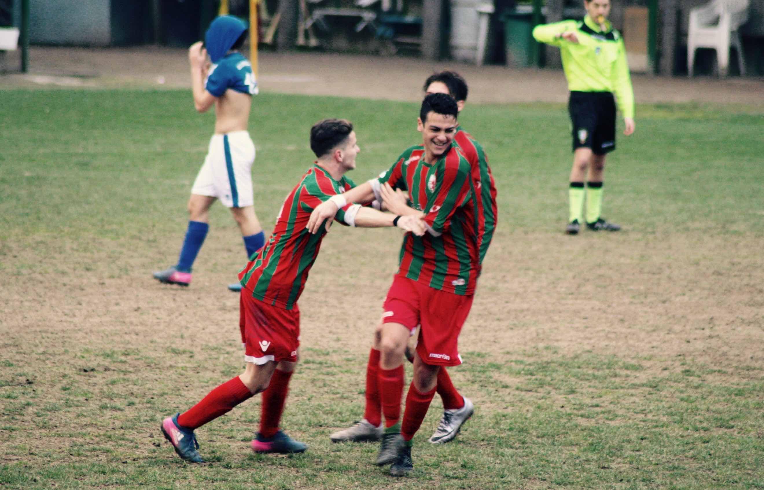 Vicini ne fa due e il derby juniores stavolta rossoverde - Bagno a ripoli calcio ...